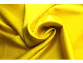 hořčičně žluté