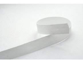 Keprovka šíře 8 mm bílá 1