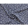 Umělé hedvábí Silky bílé kvítky na větvičce na tmavě modré1