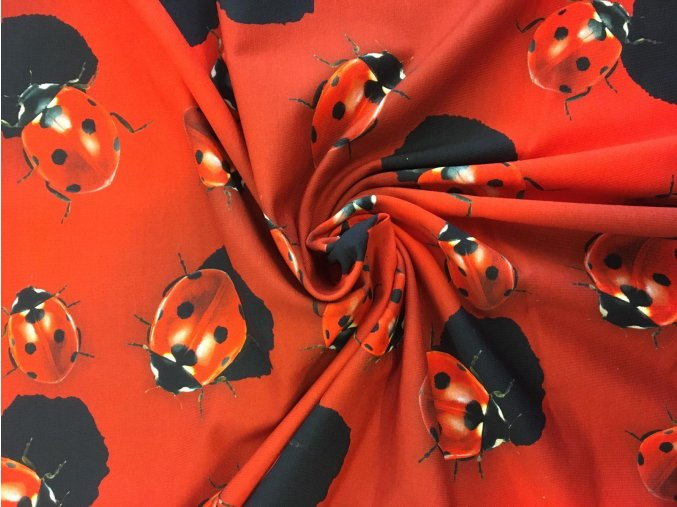 Bavlnený úplet lienky na červenej