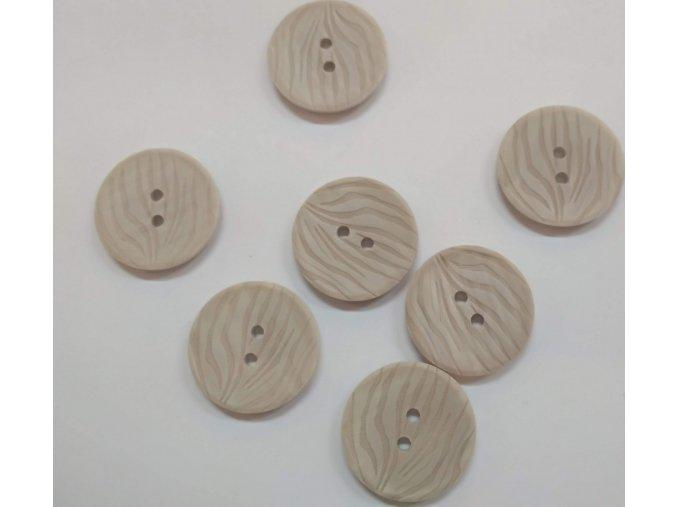Gombík dvojdierkový plastový 25 mm béžový reliéfny