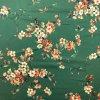 Umelý hodváb / Silky kvety na vetvičkách na zelenej