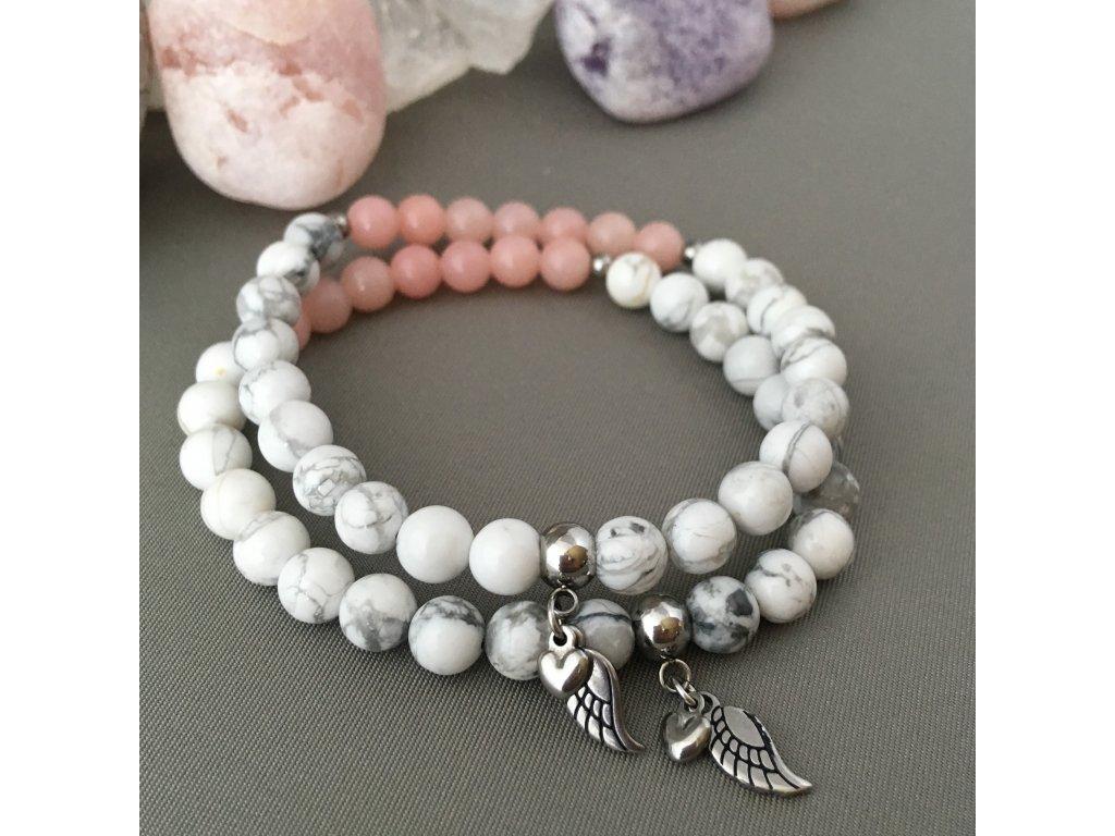 Náramek z minerálů JEDINEČNOST - růžový opál, magnezit, andělské křidélko, srdce, chirurgická ocel