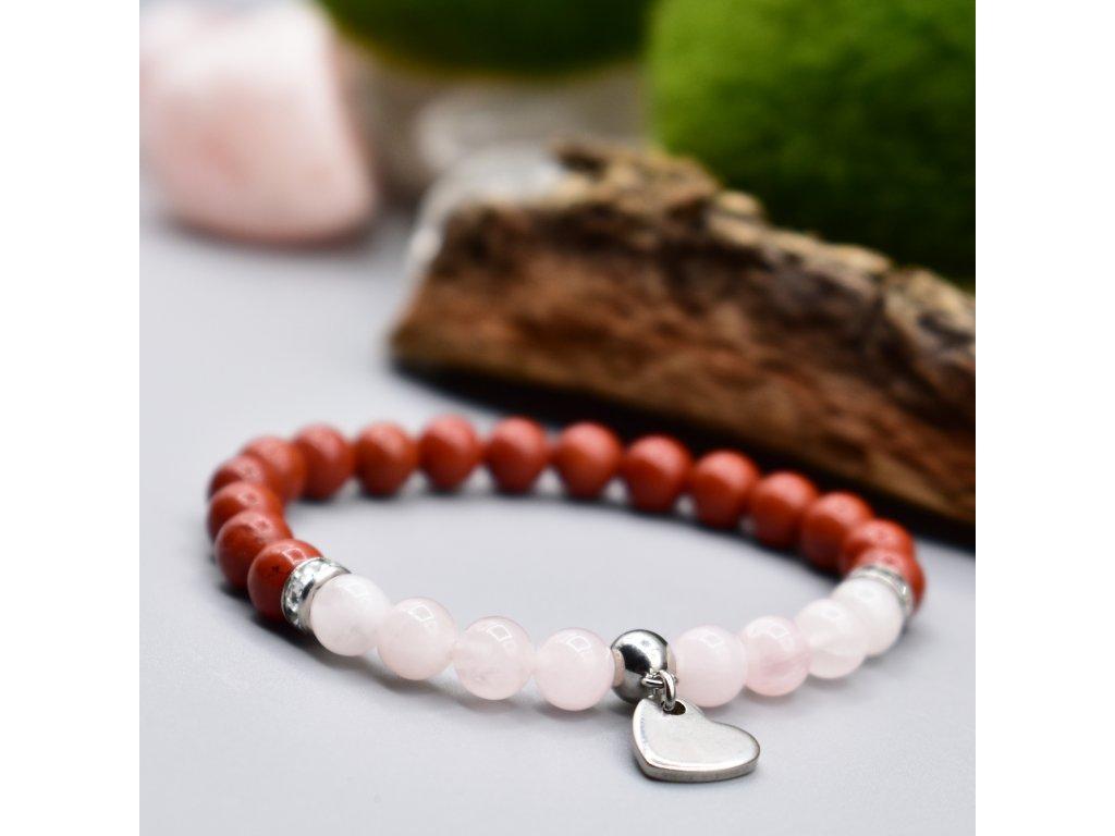Dětský náramek z minerálů LÁSKA - madagaskarský růženín, červený jaspis, srdce, chirurgická ocel