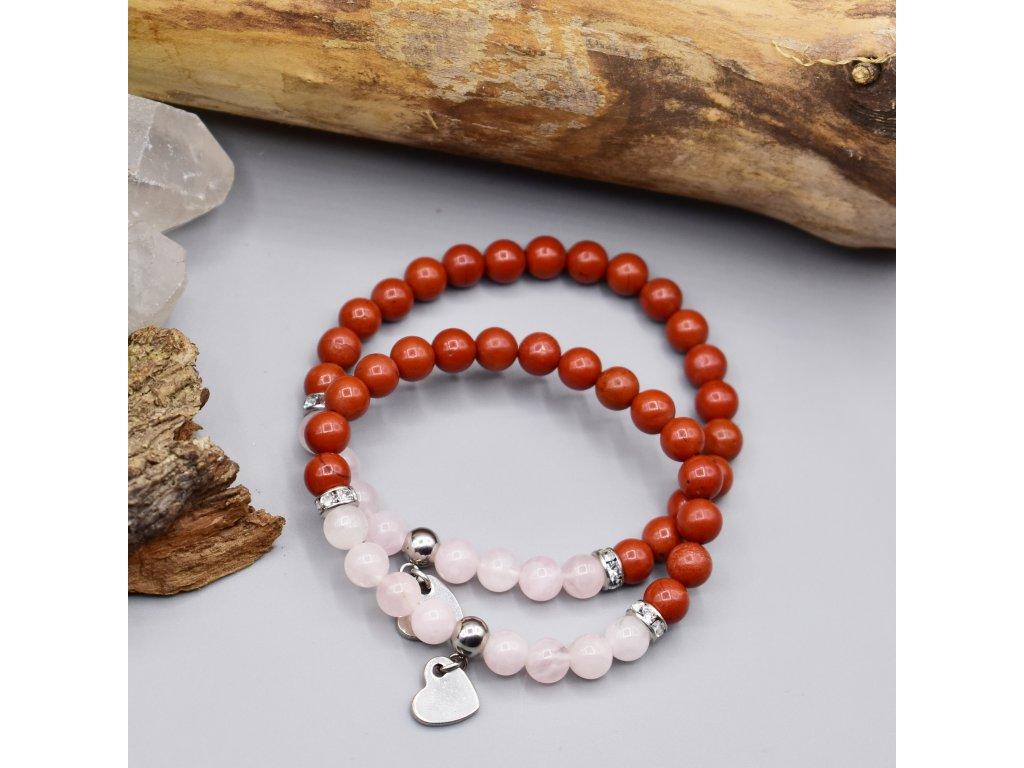Dva rodinné náramky z minerálů LÁSKA - madagaskarský růženín, červený jaspis, srdce, chirurgická ocel