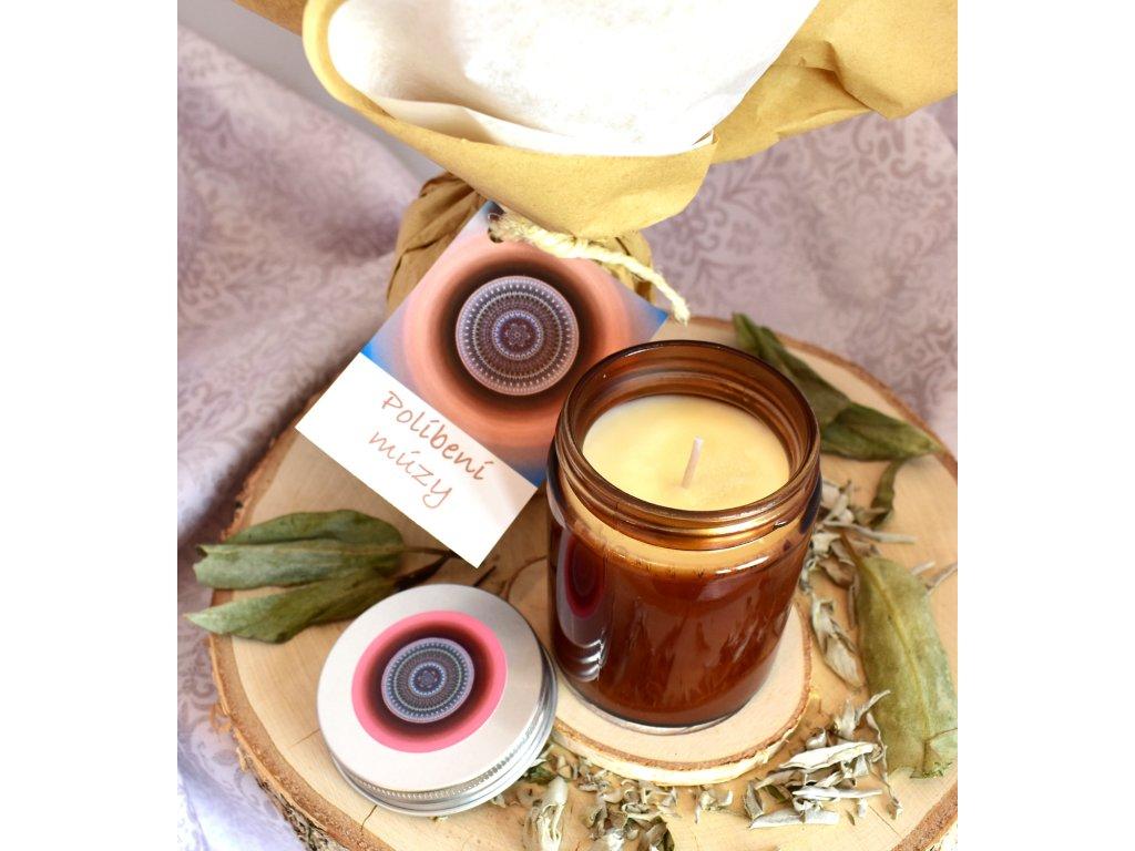 Aromaterapeutická svíčka POLÍBENÍ MÚZY
