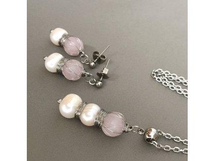 Náušnice, řetízek a přívěšek Symbol lásky - růženín, říční perly, chirurgická ocel
