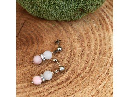 Náušnice z minerálů OCHRÁNCE ŠTĚSTÍ A HARMONIE – růžový opál, bílý nefrit, chirurgická ocel