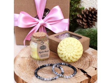Dárkový balíček pro páry OCHRANA LÁSKY (M) - partnerské náramky, masážní kostka, svíčka