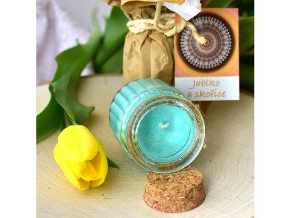Aromaterapeutická svíčka JABLKO A SKOŘICE