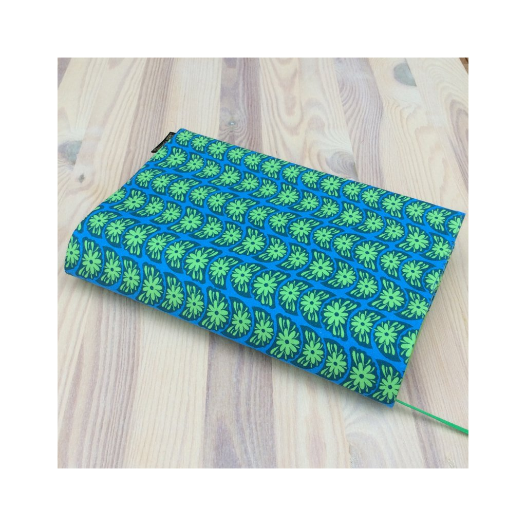Obal na knihu Zelené květy na modré, S1083