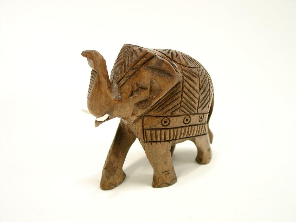 Slon vyřezávaný mořená lípa