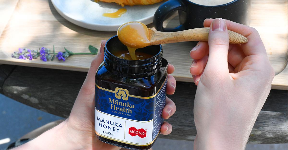 Prečo je Manuka med neporovnateľný s inými medmi