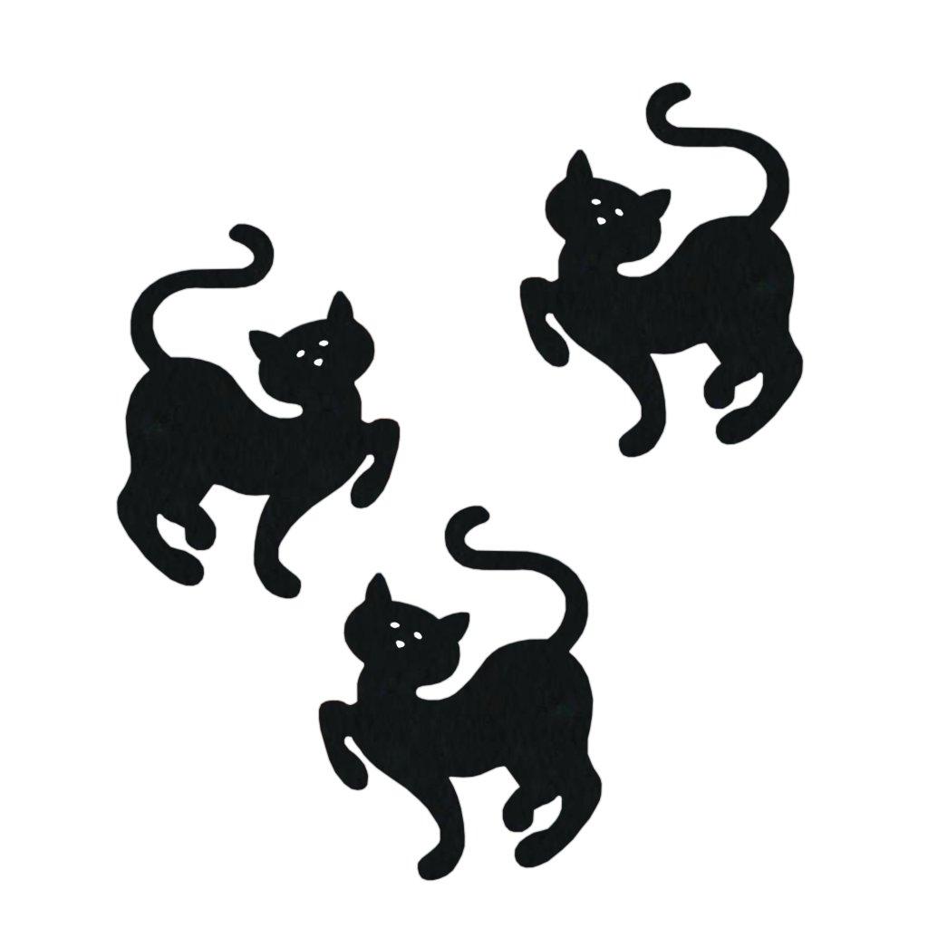 Velká velká černá kočička