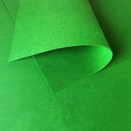 31 zelena svetla listova