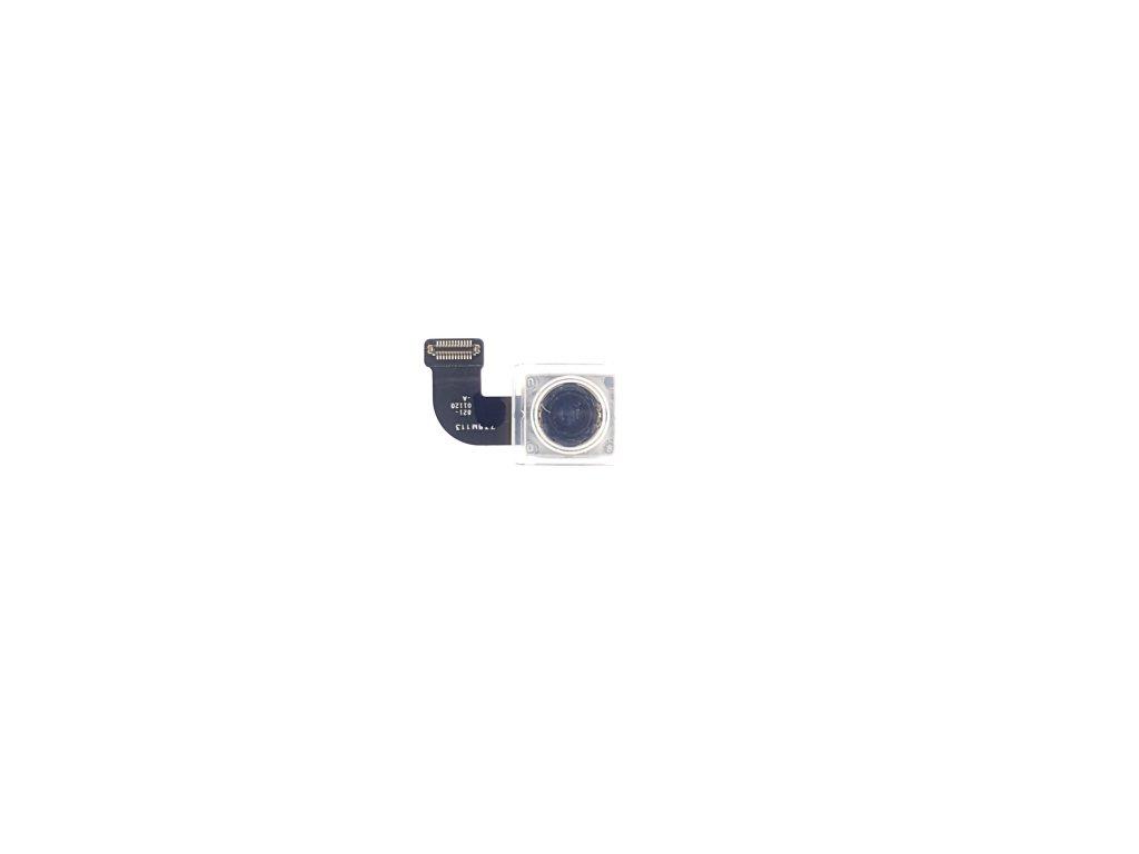 Zadní kamera iPhone 8