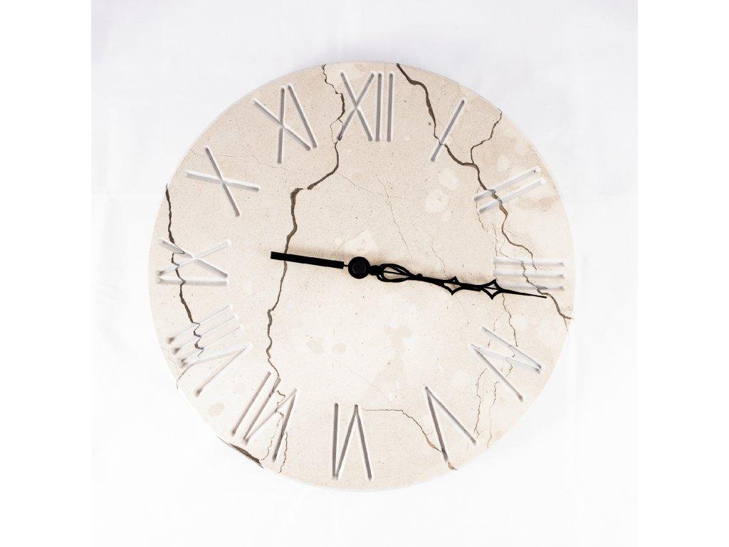mramorové hodiny