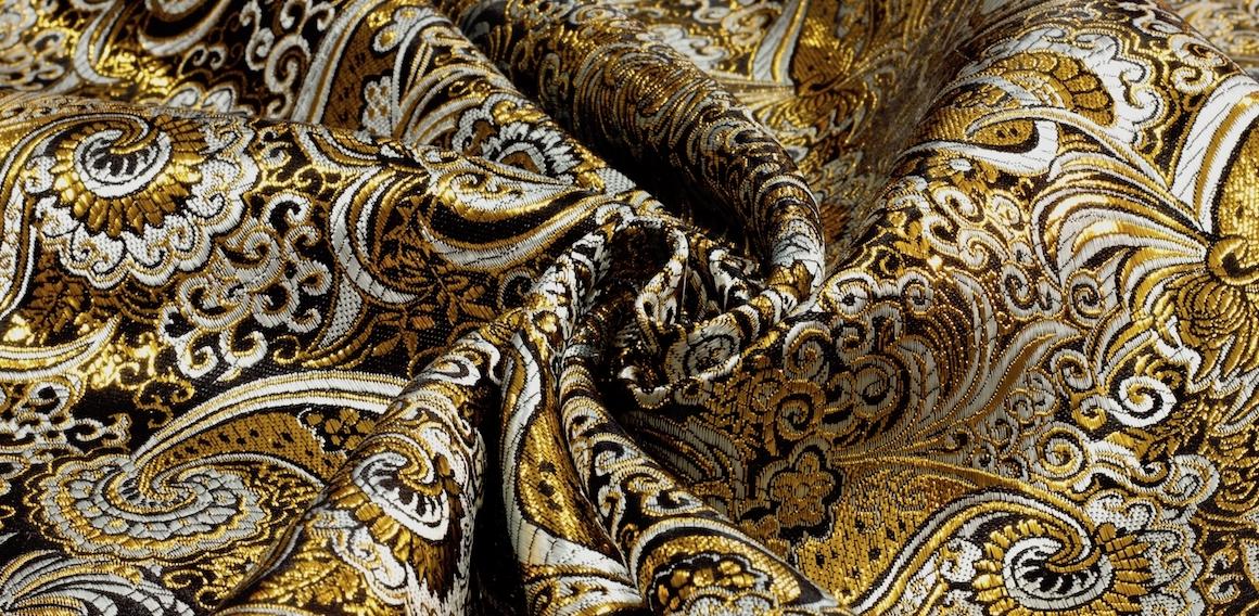 Brokát černý se zlatým vzorováním