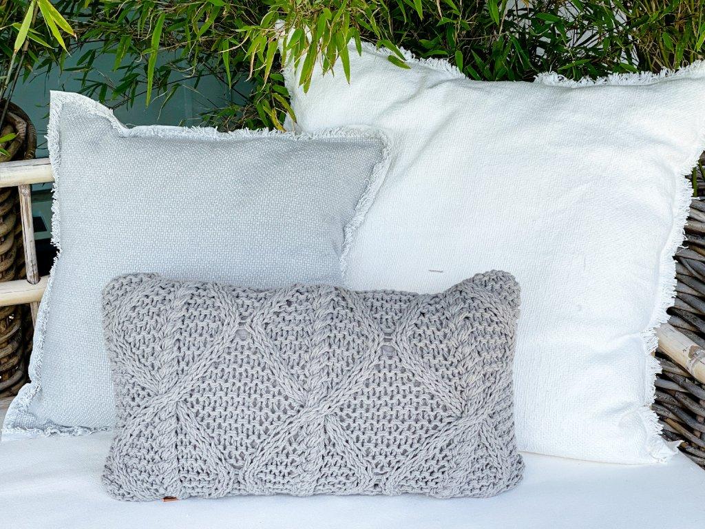 Polštář pletený