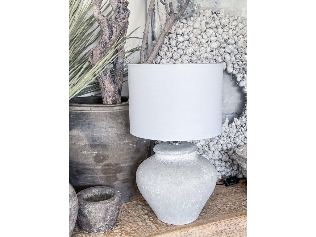 Lampa z keramiky