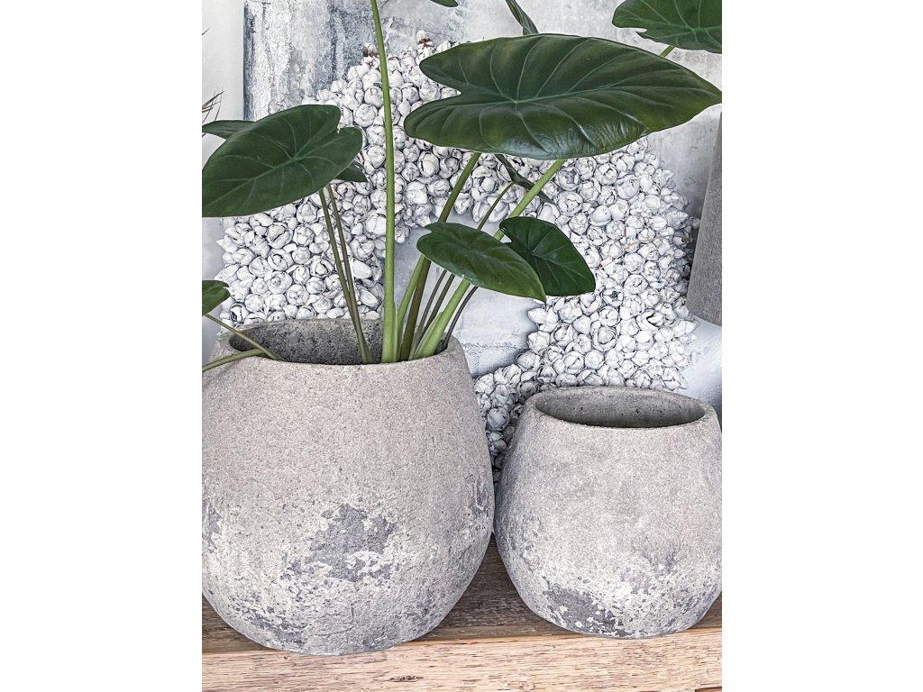Obal na květiny z hrubé keramiky