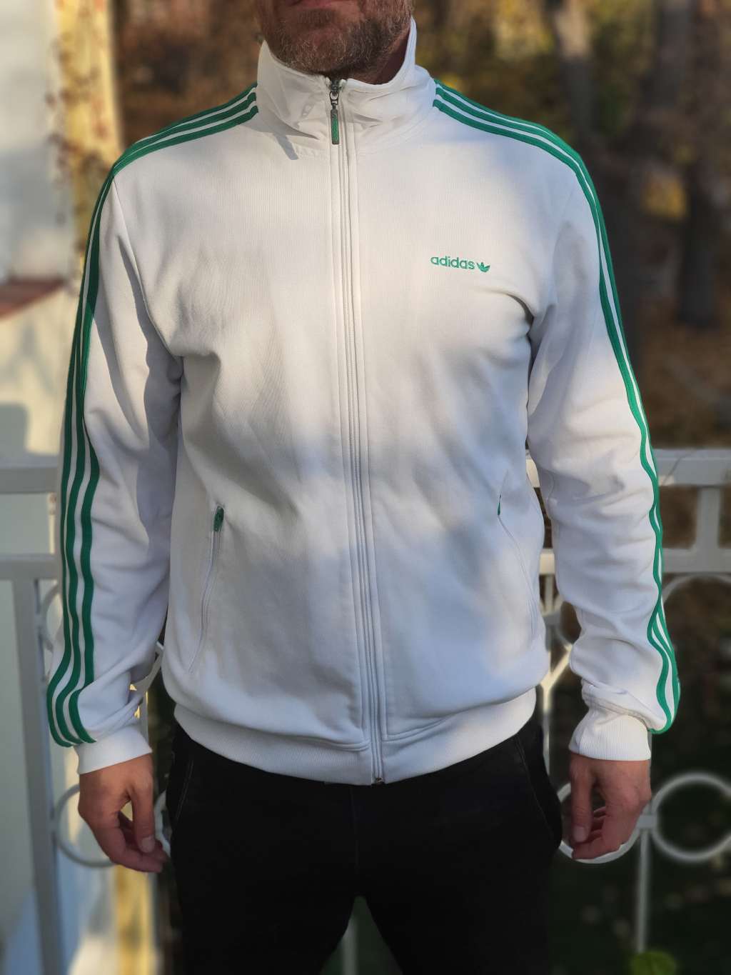 marian for president vintage second hand upcycling mikina adidas white green