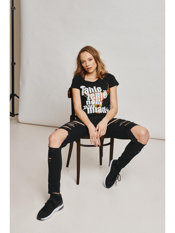 tričko s potiskem tahle země neni pro mladý mfp černé black front digitální tisk mfp 02