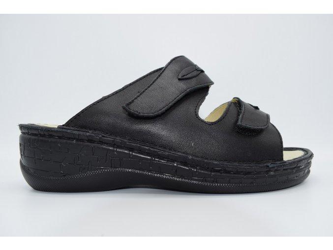 Dámský pantofel F-4993 BLACK