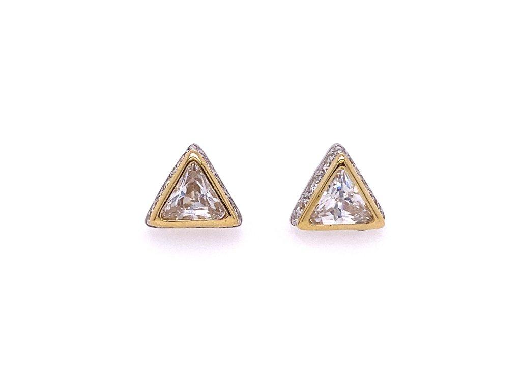 nausnice-ve-tvaru-trojuhelniku-ze-zluteho-zlata-se-zirkony