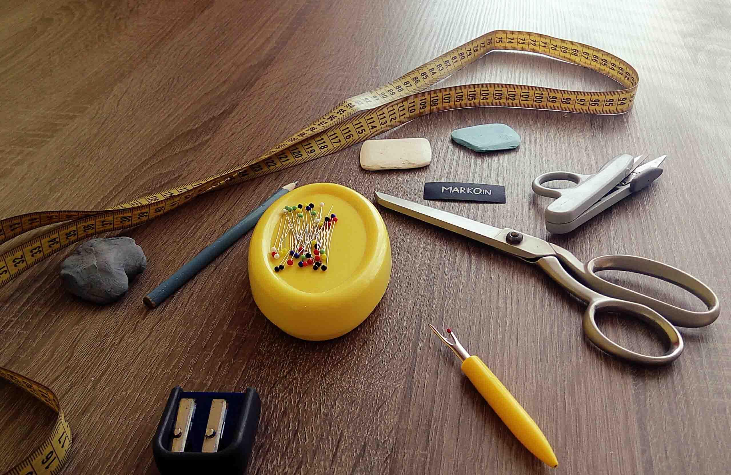 Stylisti a módní návrháři vs. řetězce