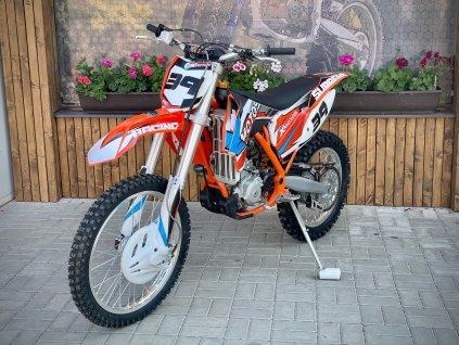 Motocykl XMOTOS - XB39 250cc 4t  21/18  s vodním chlazením