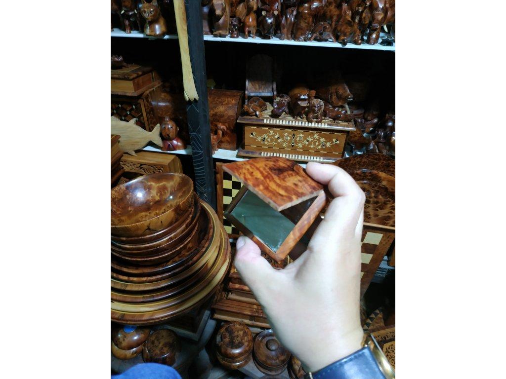 Rychlé palce - zrcátko v dřevěném pouzdře