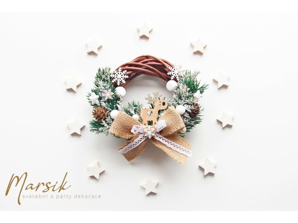 Vánoční věnec sobík