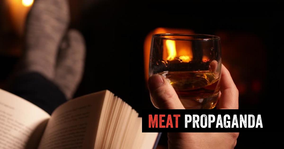 Náš tip na klidný večer: Kniha, sušené maso a dobré pití