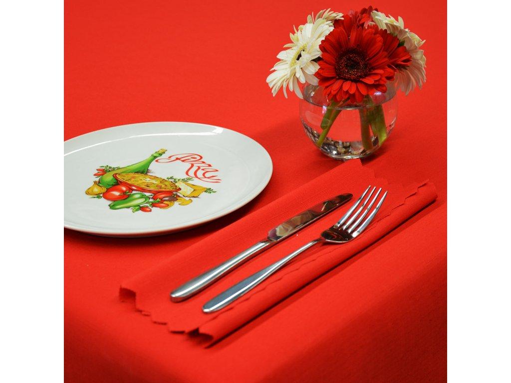Jednobarevný teflonový ubrus Standard č.399 UNI červený