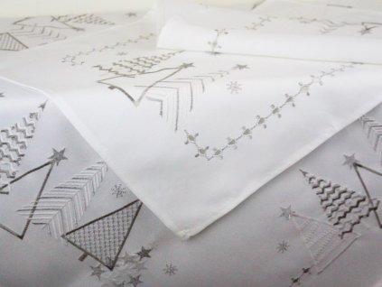 Vánoční ubrus s výšivkou V141 bílá/stříbrná