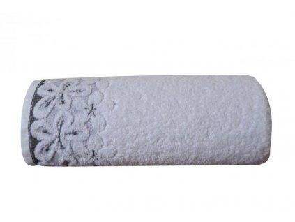 Osuška s květinovým vzorem Bella 70x140 cm bílá
