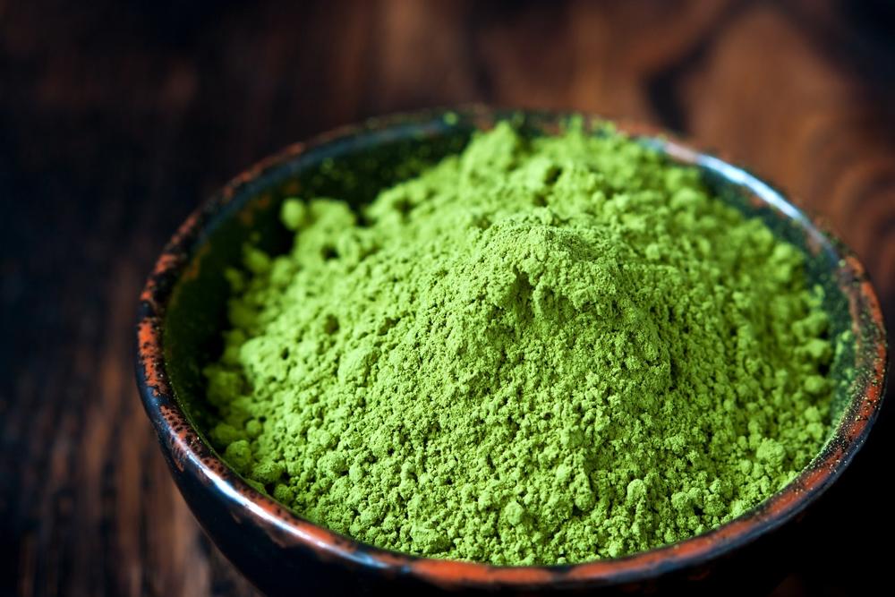 10 Úžasných výhod zeleného čaju Matcha