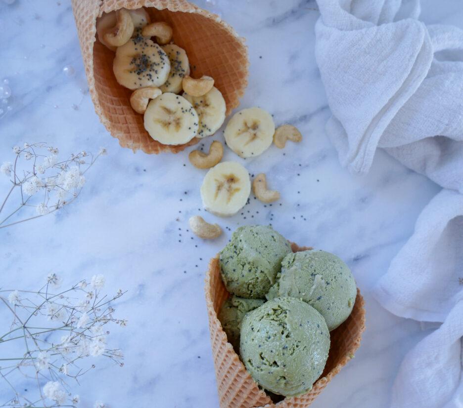 Matcha vegánska maková zmrzlina