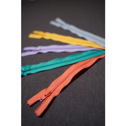 Zip spirálový 30 cm