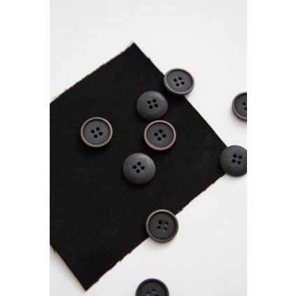 knoflik černý 15 mm corozo