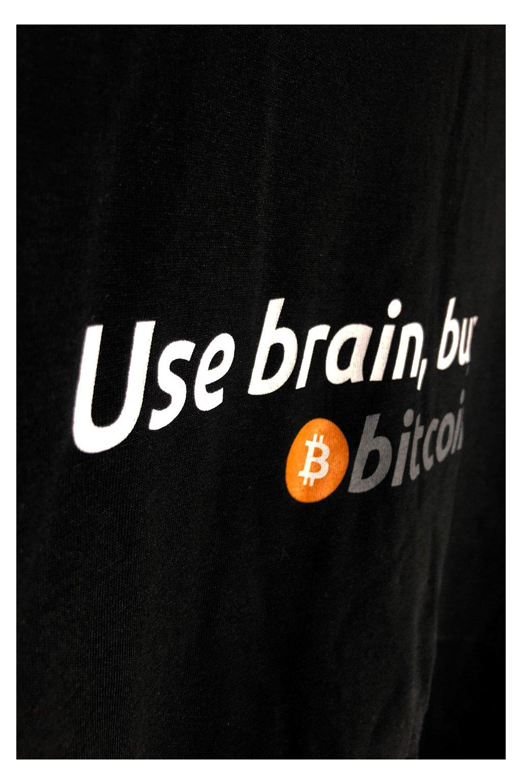 bitcoin tricko USE
