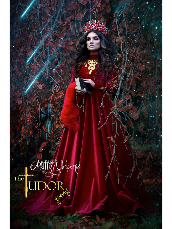 Šaty TUDOR gueens RED