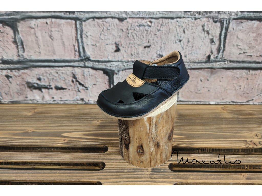 Pegres Barefoot Čierna - Sandálky