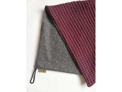 Bavlněná deka - osuška tečky / waffle bordó