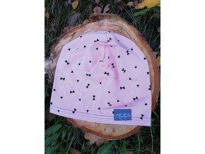 Čepice tenká - lososově růžová s trojúhelníky