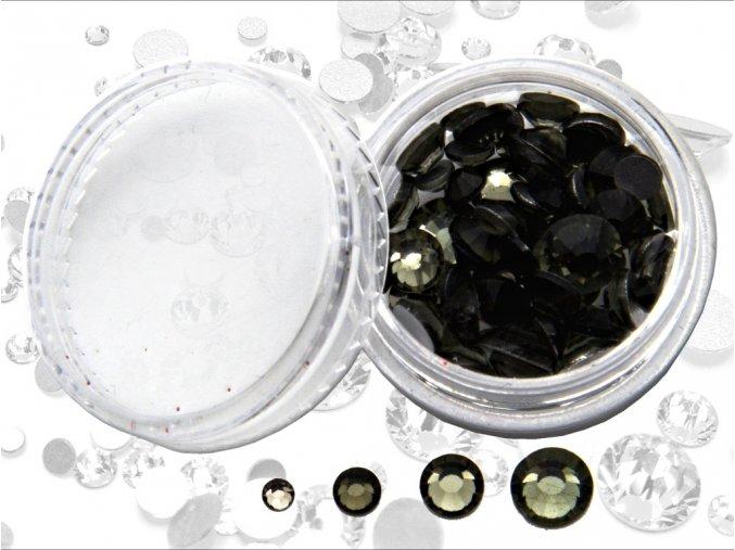 diamantiky cerne