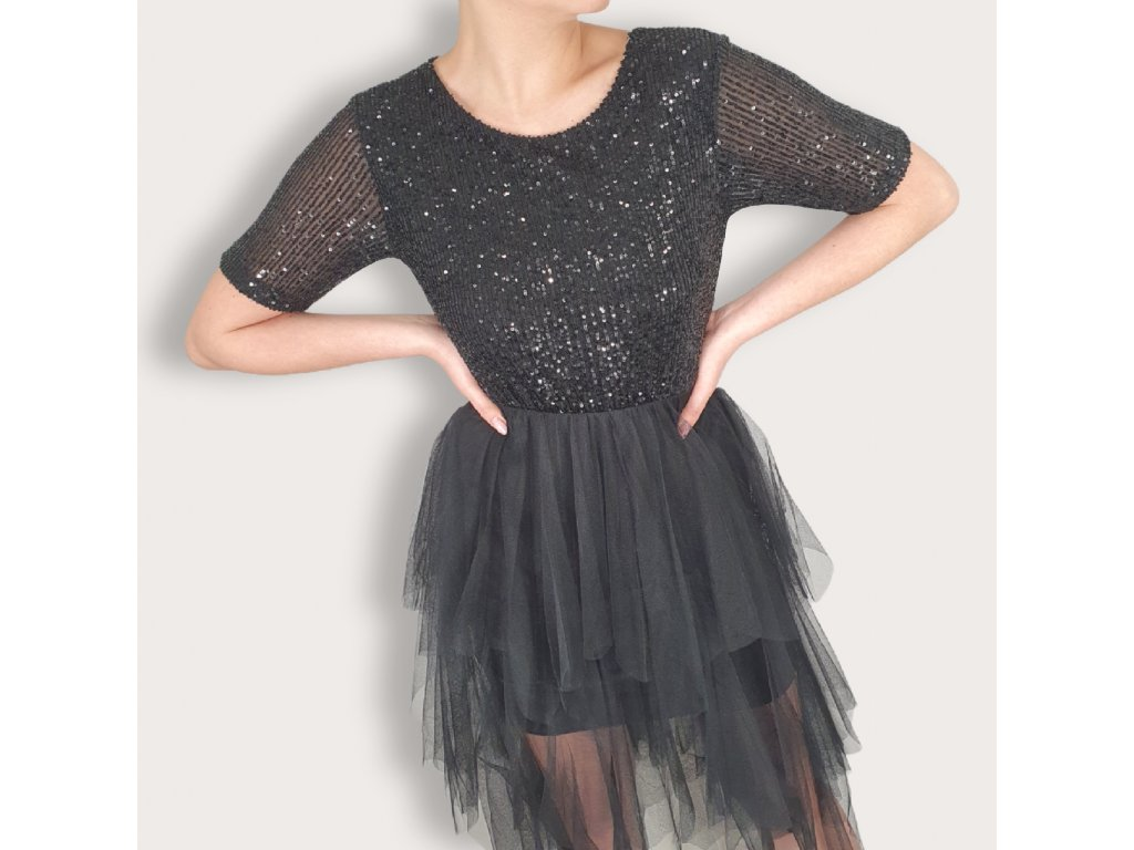 Dámské šaty s flitry a tylovou sukní