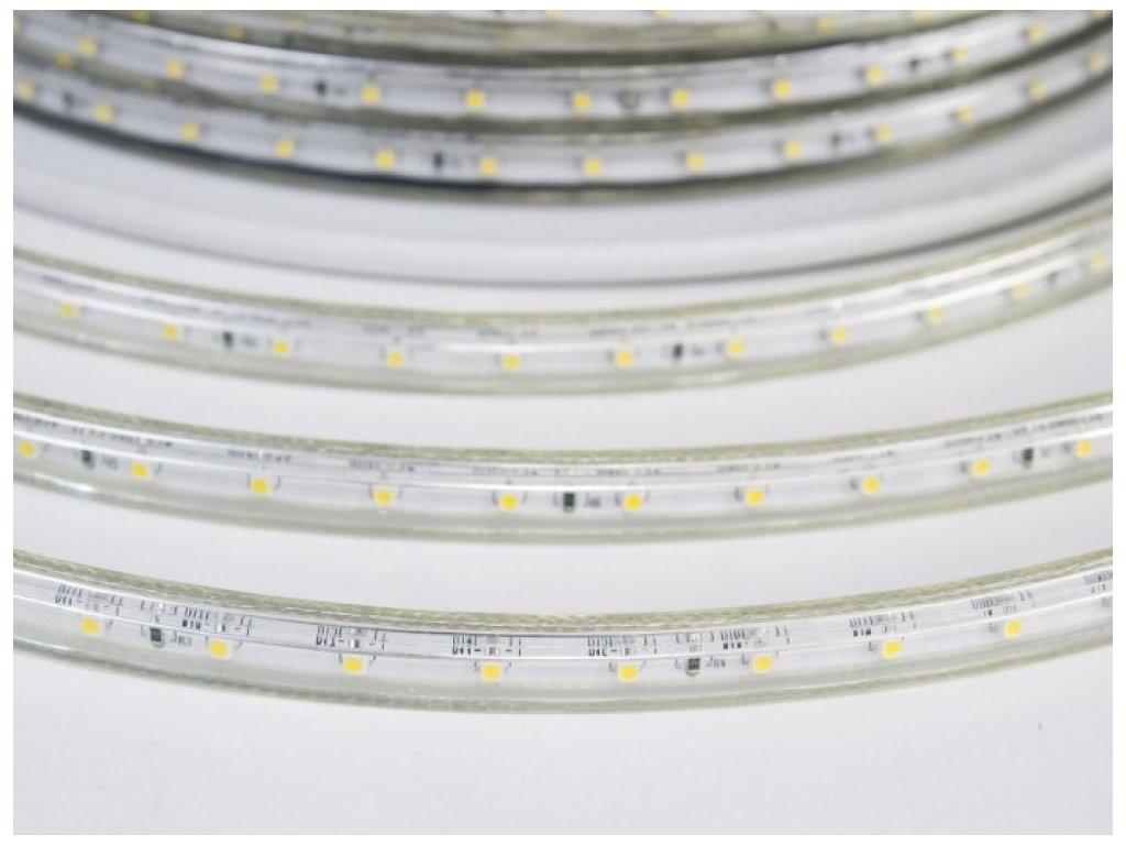 LED pásek venkovní IP67 230V studená bílá MaxLumen.cz