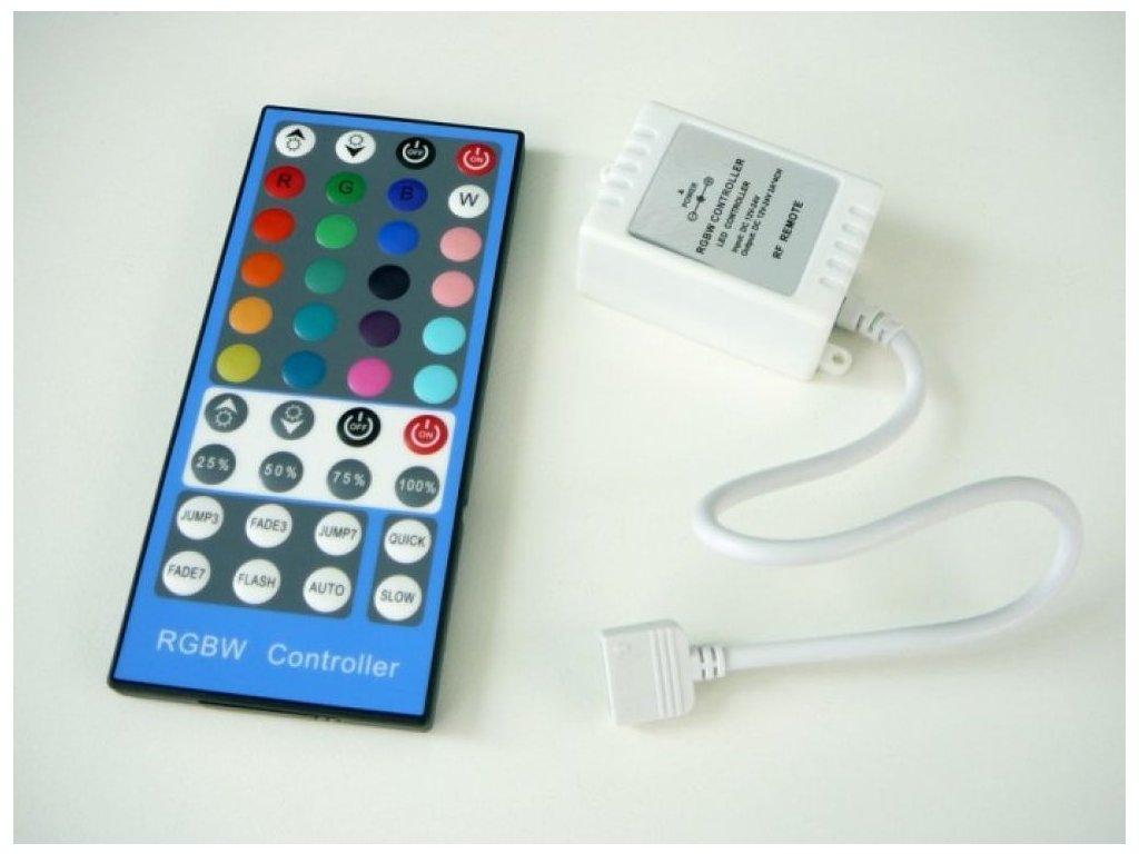RGBW RF40B LED ovladač 8A maxlumen.cz